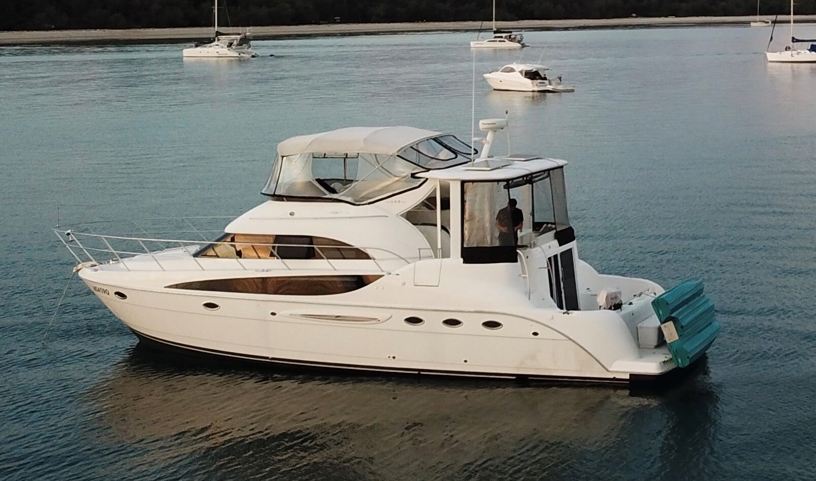 2004 Meridian 459 Luxury Yacht